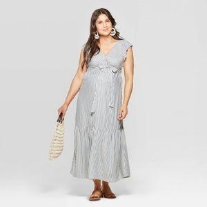 Ingrid & Isabel Striped Short Sleeve Midi Dress